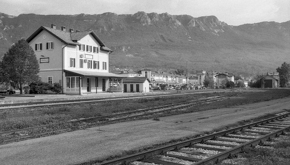 9 železniška mala
